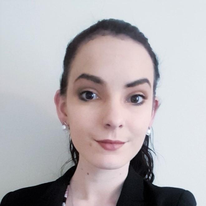 profile picture of evita perkone